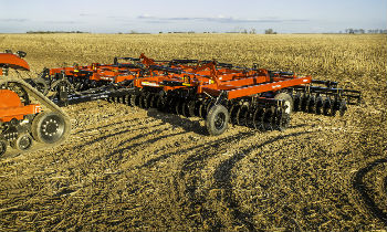 FarmKing-Tillage-VerticalTillage-Series.jpg