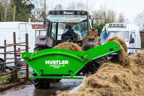 Hustler Farm | Bale Feeders | Feedlot Bale Unrollers for sale at Sorum Tractor Co., Inc.