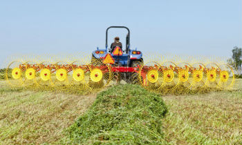 New Holland Haytools and Spreaders For Collecting Hay » Sorum