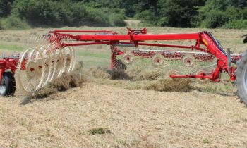 CroppedImage350210-FarmKing-Easy-Rake-Model.jpg