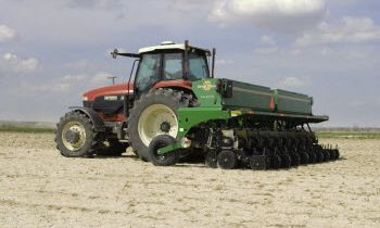 CroppedImage350210-GreatPlains-25-3pt-mt-drills.jpg