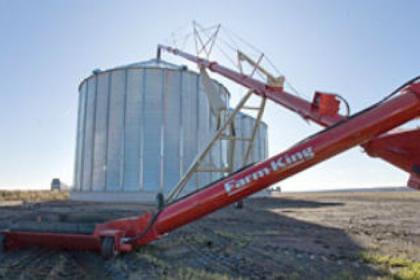 Farm King | Augers | Backsaver Auger - 10 / 13 / 16 for sale at Sorum Tractor Co., Inc.