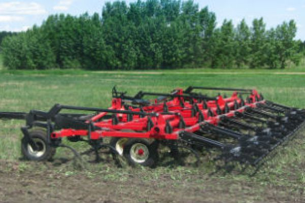 Farm King | Tillage | Cultivator/Chisel Plow for sale at Sorum Tractor Co., Inc.
