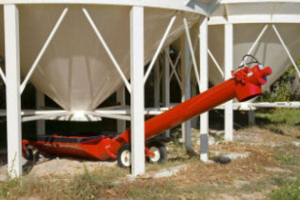Farm King | Augers | Unloading Auger for sale at Sorum Tractor Co., Inc.