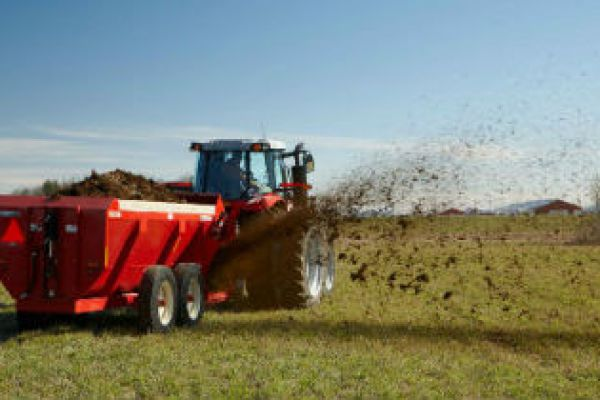 Massey Ferguson | Hesston by Massey Ferguson | Manure Spreaders & Other Hay Equipment for sale at Sorum Tractor Co., Inc.