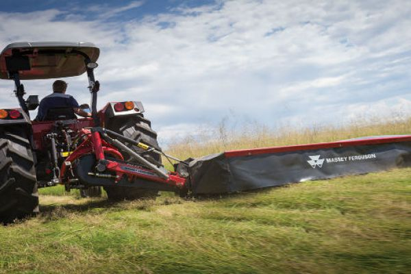 Massey Ferguson | DM Farmer Series Disc Mower | Model DM164 Farmer Series for sale at Sorum Tractor Co., Inc.