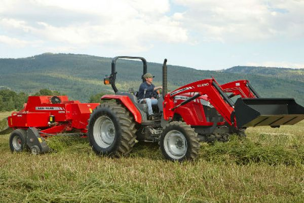 Massey Ferguson | 1800 Small Square Balers | Model MF1844N for sale at Sorum Tractor Co., Inc.