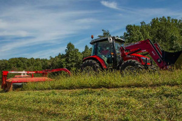 Massey Ferguson | 1300 Series Disc Mower Conditioners | Model 1366 for sale at Sorum Tractor Co., Inc.