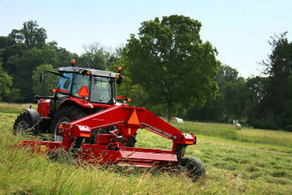 Massey Ferguson | 1300 Series Disc Mower Conditioners | Model 1386 for sale at Sorum Tractor Co., Inc.