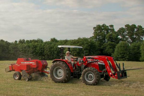 Massey Ferguson | 1800 Small Square Balers | Model MF 1842 for sale at Sorum Tractor Co., Inc.