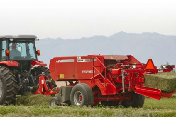 Massey Ferguson | 1800 Small Square Balers | Model MF1838 for sale at Sorum Tractor Co., Inc.