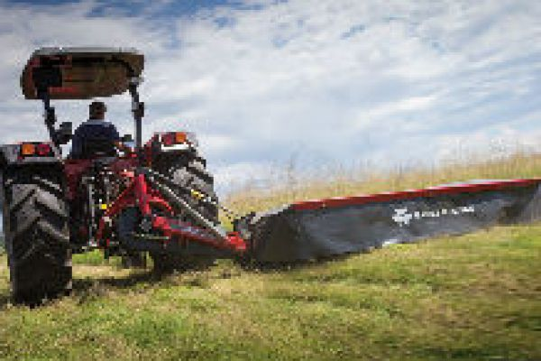 Massey Ferguson | Mowers and Conditioners | DM Farmer Series Disc Mower for sale at Sorum Tractor Co., Inc.