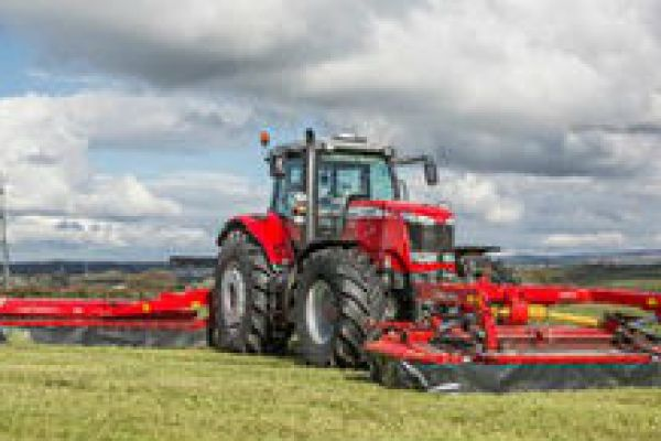Massey Ferguson | Mowers and Conditioners | DM Series Triple Mowers for sale at Sorum Tractor Co., Inc.