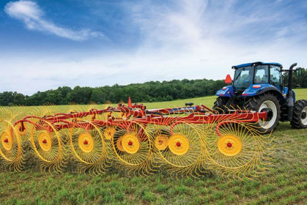 New Holland | ProCart™ and ProCart™ Plus Deluxe Carted Wheel Rakes | Model 1225 Plus 12-Wheel for sale at Sorum Tractor Co., Inc.