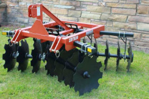 Rhino | Disc Harrows | Lift-Type Compact Disc Harrows for sale at Sorum Tractor Co., Inc.