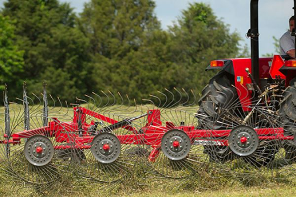 Massey Ferguson | 1500 Series Vertical Fold Rakes | Model 1508 for sale at Sorum Tractor Co., Inc.
