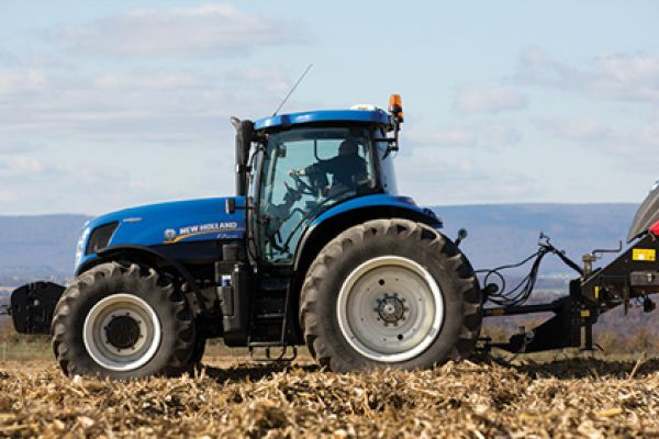 New Holland | T7 Series-Tier 4B | Model T7.230 SideWinder II for sale at Sorum Tractor Co., Inc.
